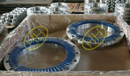 ASTM A105 steel flanges packed in our factory