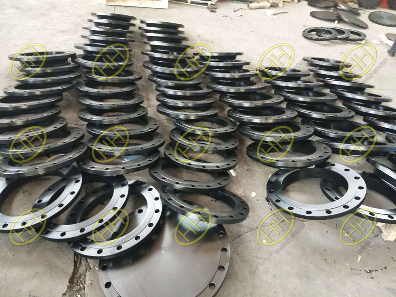 BS 4504 ASTM A105 raised face slip onf flanges and blind flanges