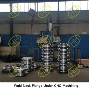 Weld-Neck-Flange-Under-CNC-Machining