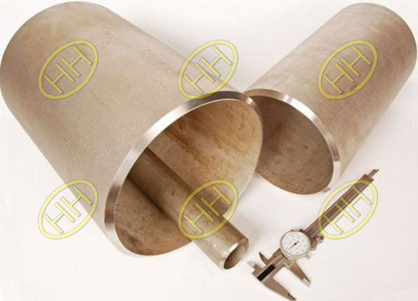 Stainless-Steel-Pipe-Caps-And-Steel-Pipes-With-Bevel-End